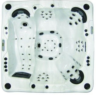 Catalina hot tub XL26000CD